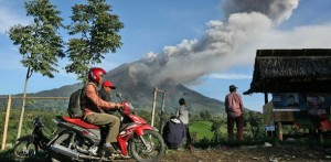 Mont Sinabung volcan